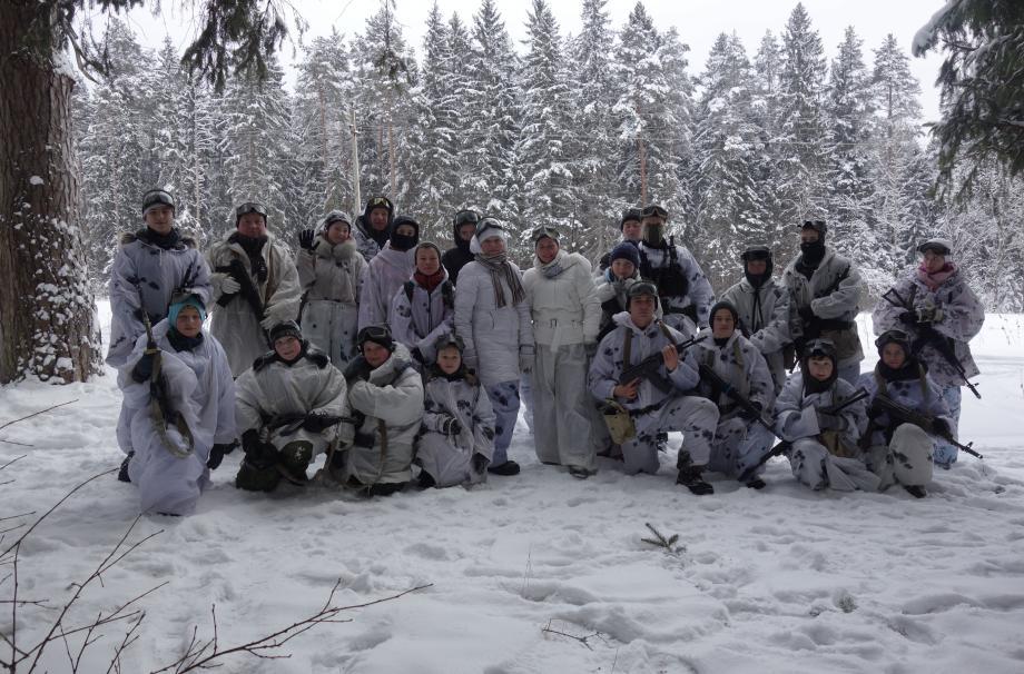 зимняя смена детского военно-патриотического лагеря